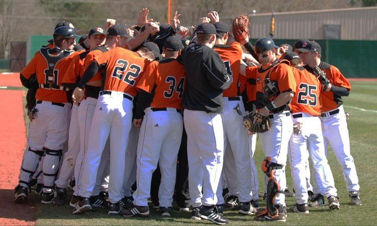Baseball Signs Ten In Fall Recruiting Period - Campbell